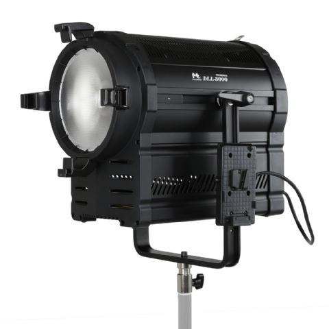 Falcon Eyes 3200K LED Spot Lamp Dimmable DLL-3000R on 230V or Battery
