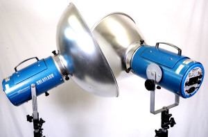 2 x Courtenay Sola 2 Studio Flash Heads Kit 1980's (Hire Only)