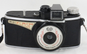Agilux Agiflash 127 Roll Film Camera