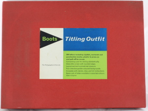 Boots Cine/Movie Titling Outfit (Vintage)