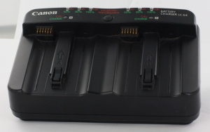 Canon LC-E4 Twin Battery Charger for LP-E4 Battery