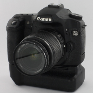 Canon EOS 40D DSLR c/w 18-55mm lens & BG-E2 Battery Grip c 2007